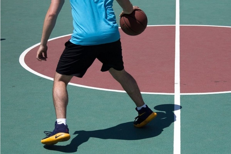 10 Best Basketball Shoes In India (Review & Buying Guide) October 2021